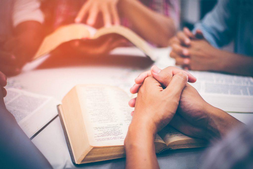 Pour prier en ce temps d'épreuve et rester en communion spirituelle les uns avec les autres